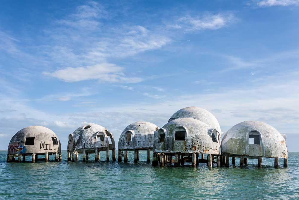 4 Bangunan Unik yang Instagramable di Indonesia