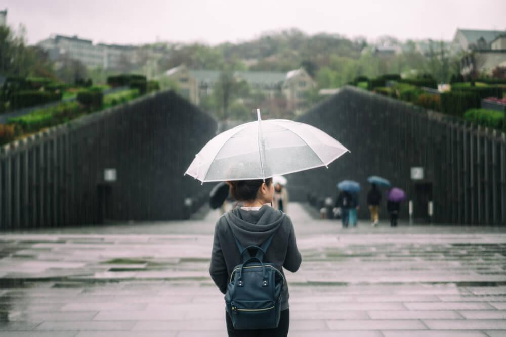 6 Tempat Wisata yang Lebih Seru Dikunjungi Saat Musim Hujan