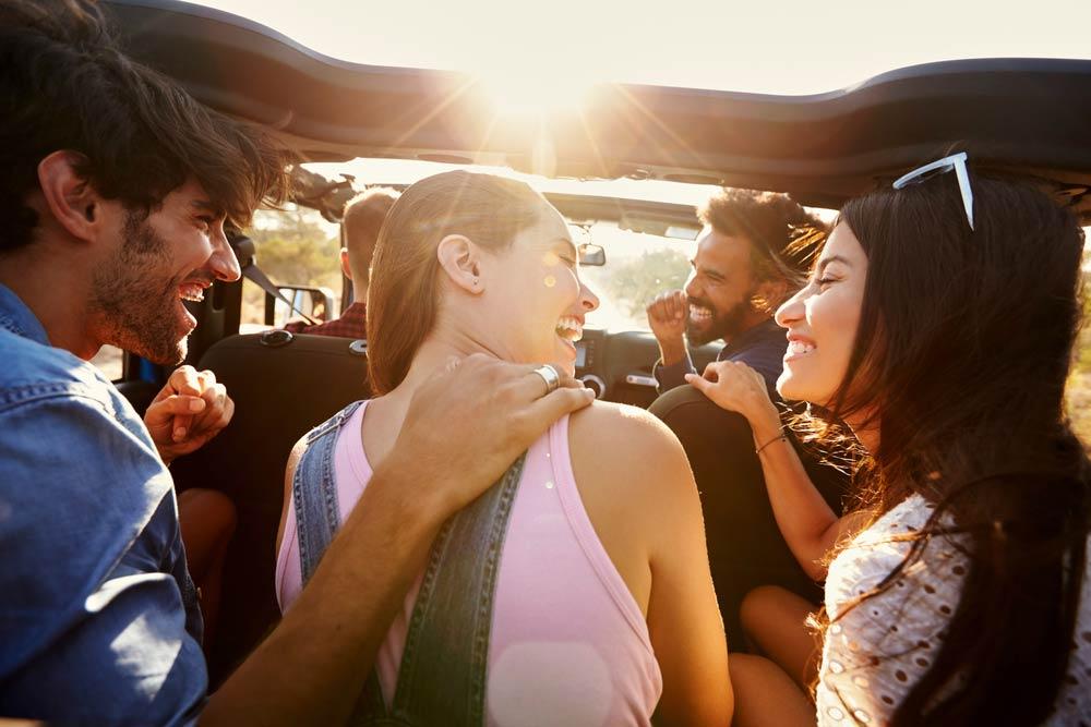 5 Tips Traveling Bareng Rombongan Biar Enggak Banyak Drama